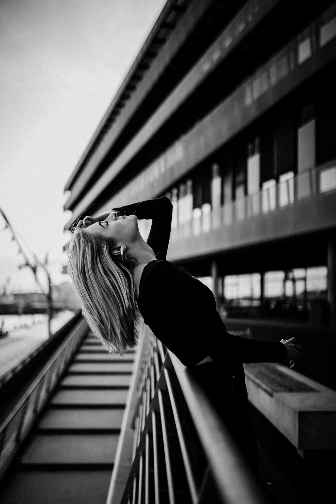 Emotionales Porträtshooting in der Hamburger Hafencity
