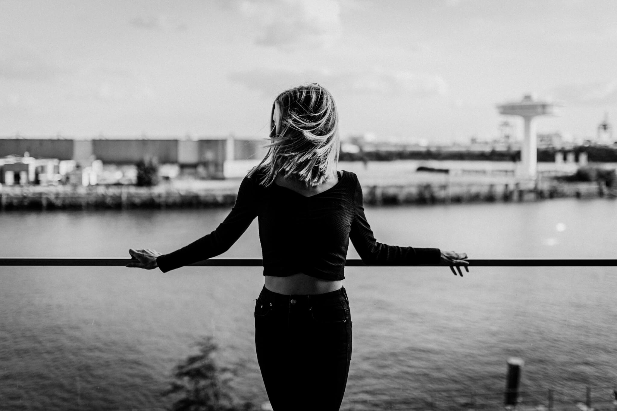 Atemberaubender Ausblick beim Porträtshooting in der Hamburger Hafencity